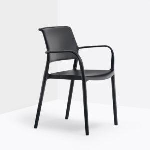 ara_pedrali-poznań-krzesła-z podłokietnikiem